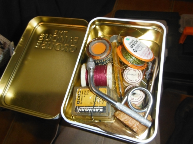 Ted´s box of fly tying things which includes a nifty hand-held vice.